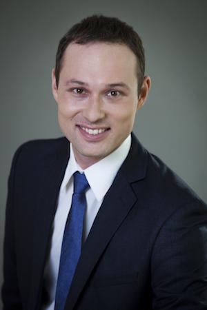 Dr. Krzysztof Celuch